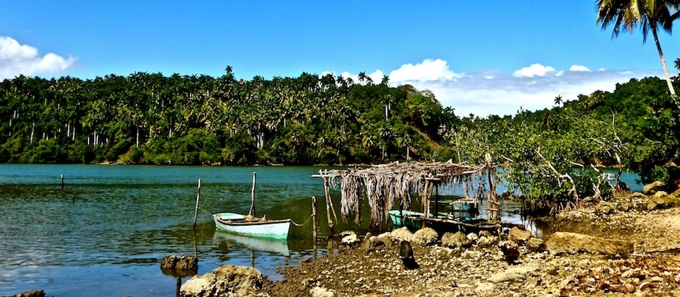 Small boats in Boca de Boma – Baracoa