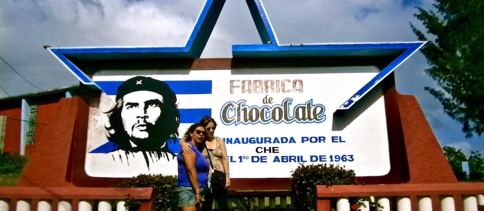 Che Guevara en la Fábrica de chocolate Baracoa Cuba