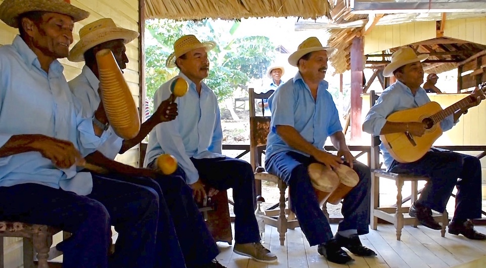 Instruments Nengon & Kiriba • El Guirito • Baracoa Cuba