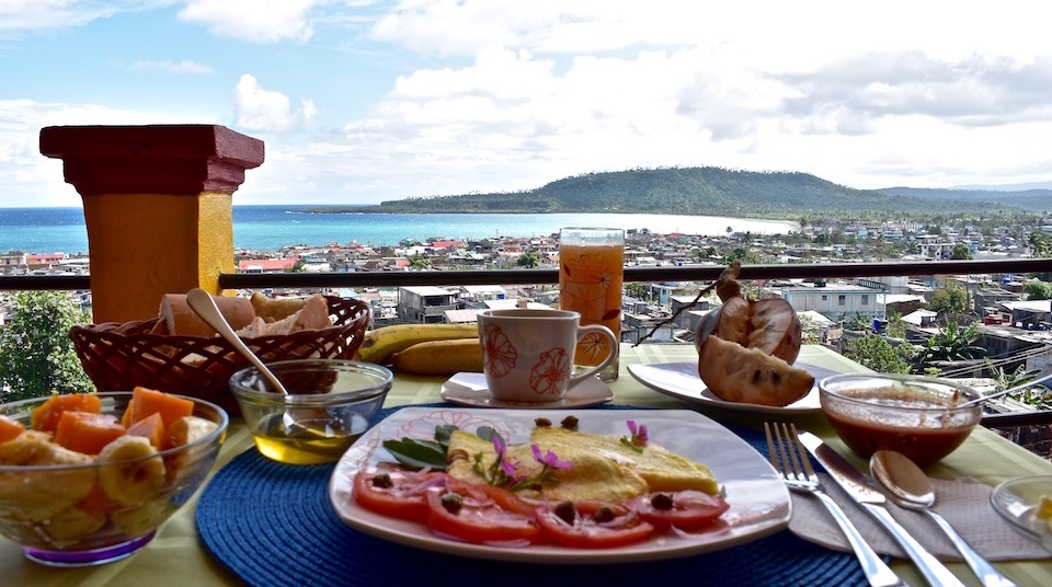 Breakfast • Desayuno • Petit déjeuner • Villa Paradiso Baracoa Cuba