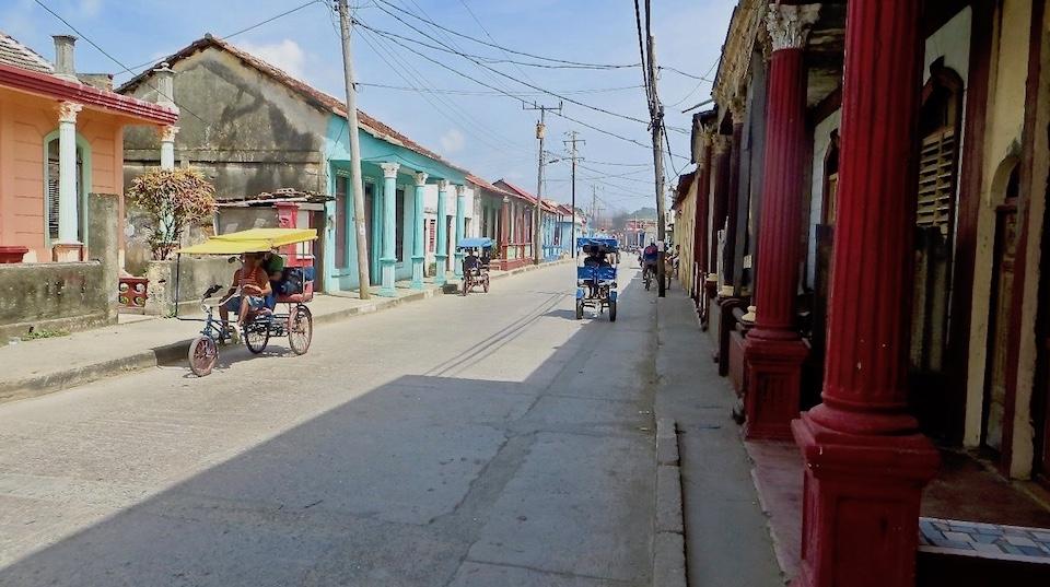 Francisco Santos y María Teresa Colado • Foto de Viaje • Baracoa Cuba