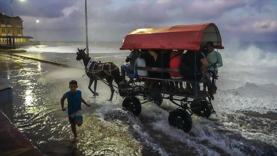 Renald Laurin • Front de mer • Baracoa Cuba • Photo de voyage